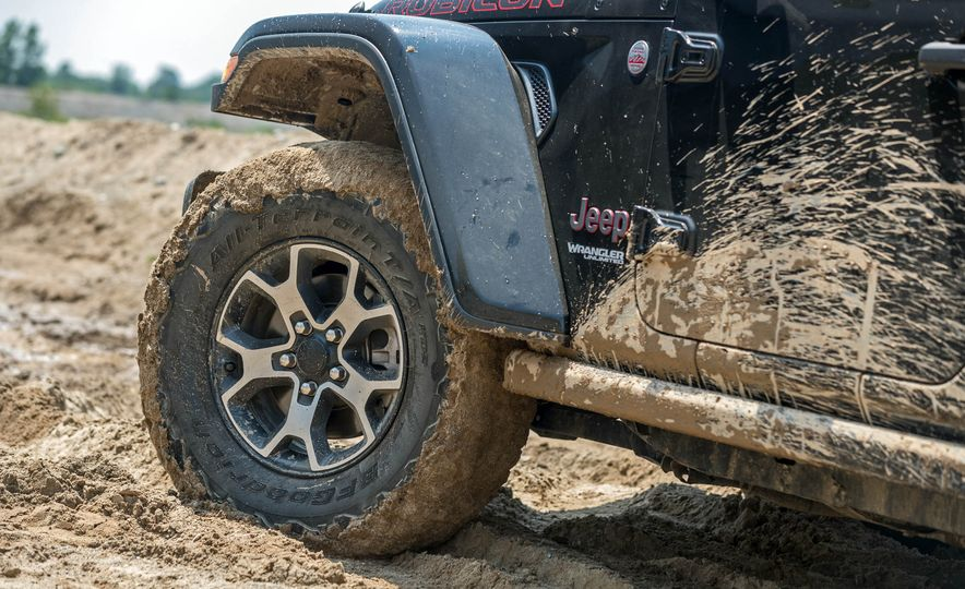 2018 Jeep Wrangler Rubicon Unlimited - Slide 17