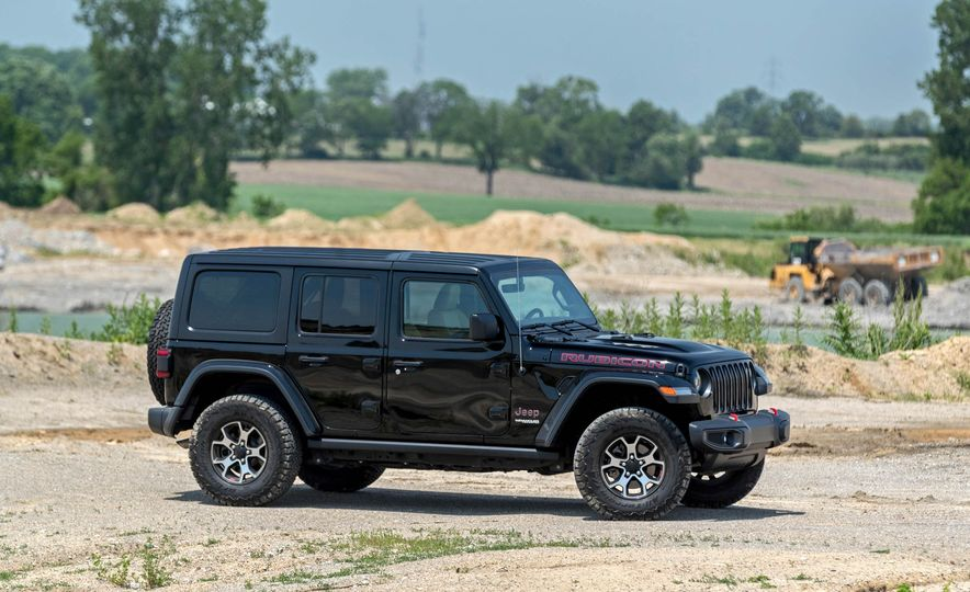 2018 Jeep Wrangler Rubicon Unlimited - Slide 24