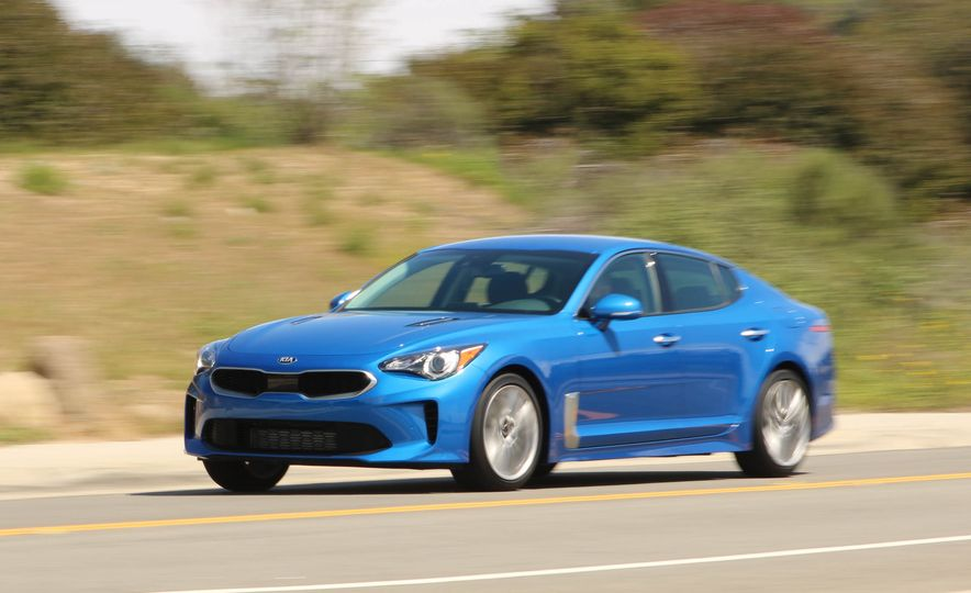2018 Kia Stinger - Slide 3