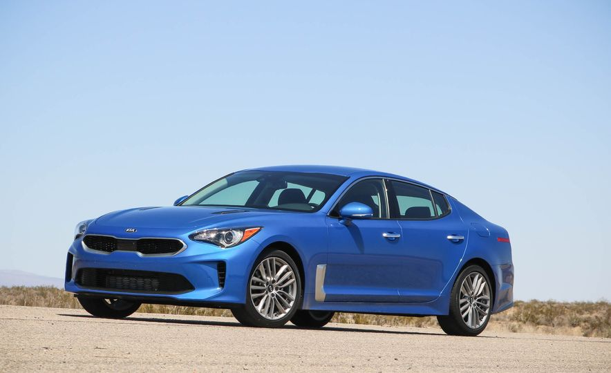 2018 Kia Stinger - Slide 10