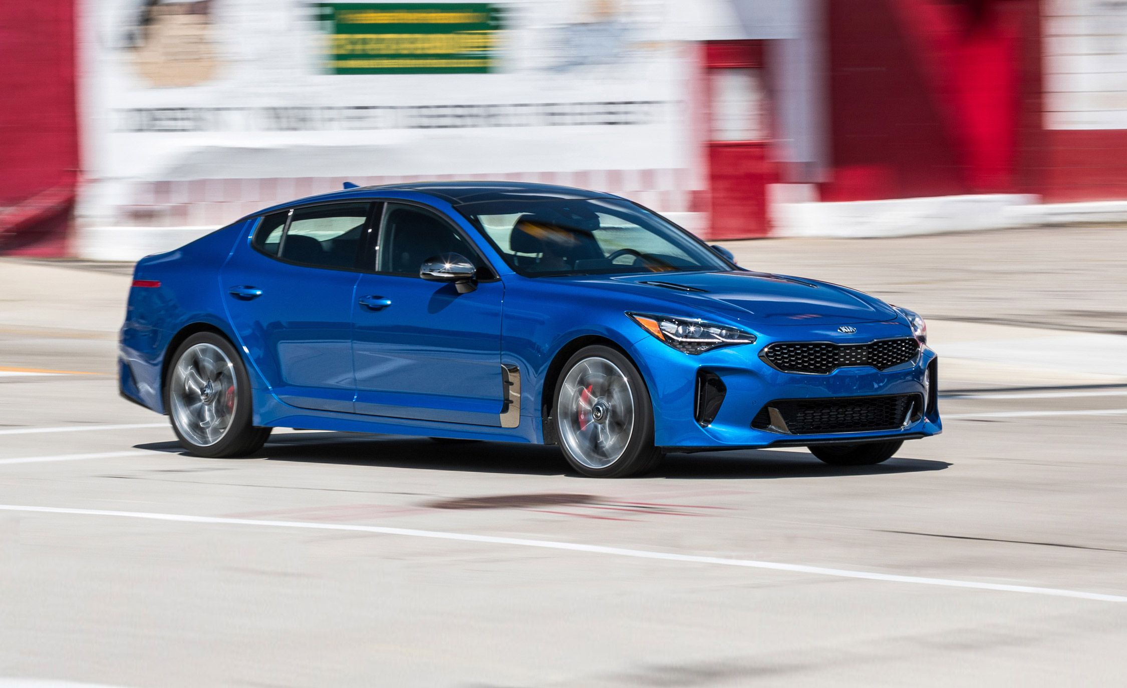 2018 kia stinger long term test we start 40 000 miles of stings. Black Bedroom Furniture Sets. Home Design Ideas