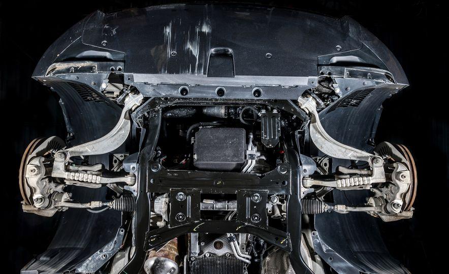 2018 Jaguar F-Pace 30t and 2018 Land Rover Range Rover Velar P250 - Slide 29