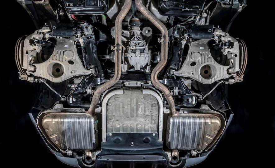 2018 Jaguar F-Pace 30t and 2018 Land Rover Range Rover Velar P250 - Slide 30