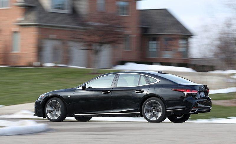 Otomobiller Lexus LS-430