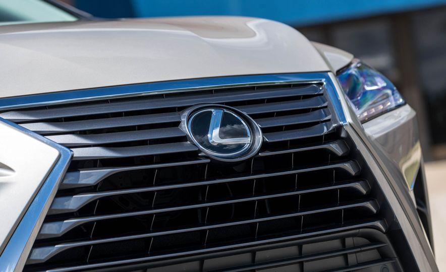 2018 Lexus RX 350L - Slide 11