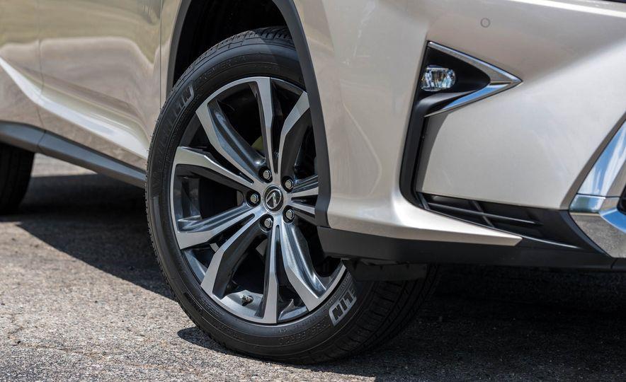 2018 Lexus RX 350L - Slide 14