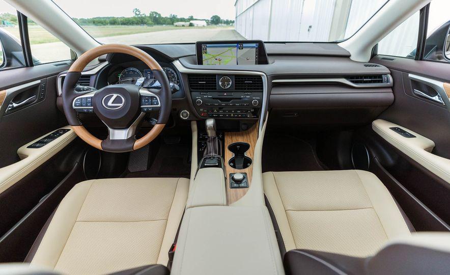2018 Lexus RX 350L - Slide 17