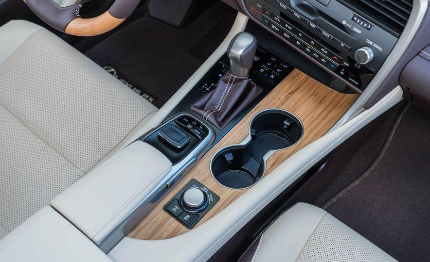 2018 Lexus RX 350L - Slide 20