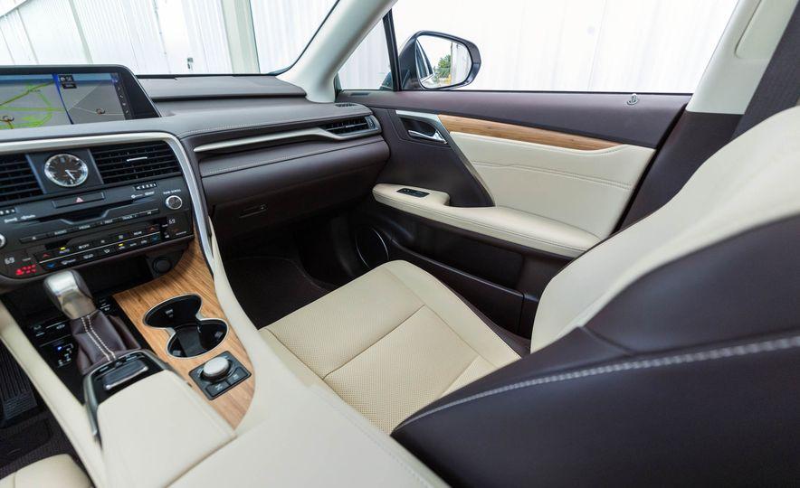 2018 Lexus RX 350L - Slide 21