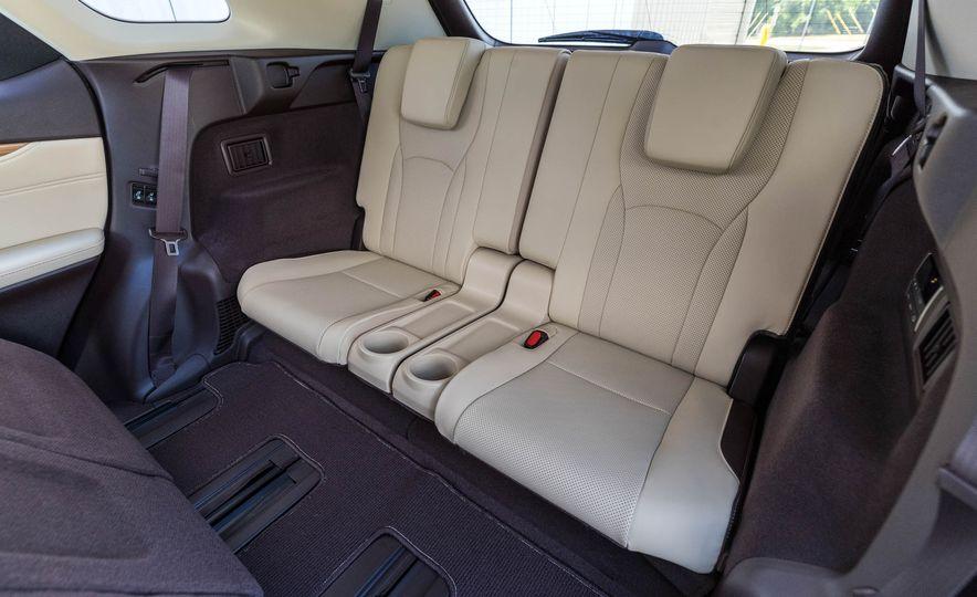 2018 Lexus RX 350L - Slide 24
