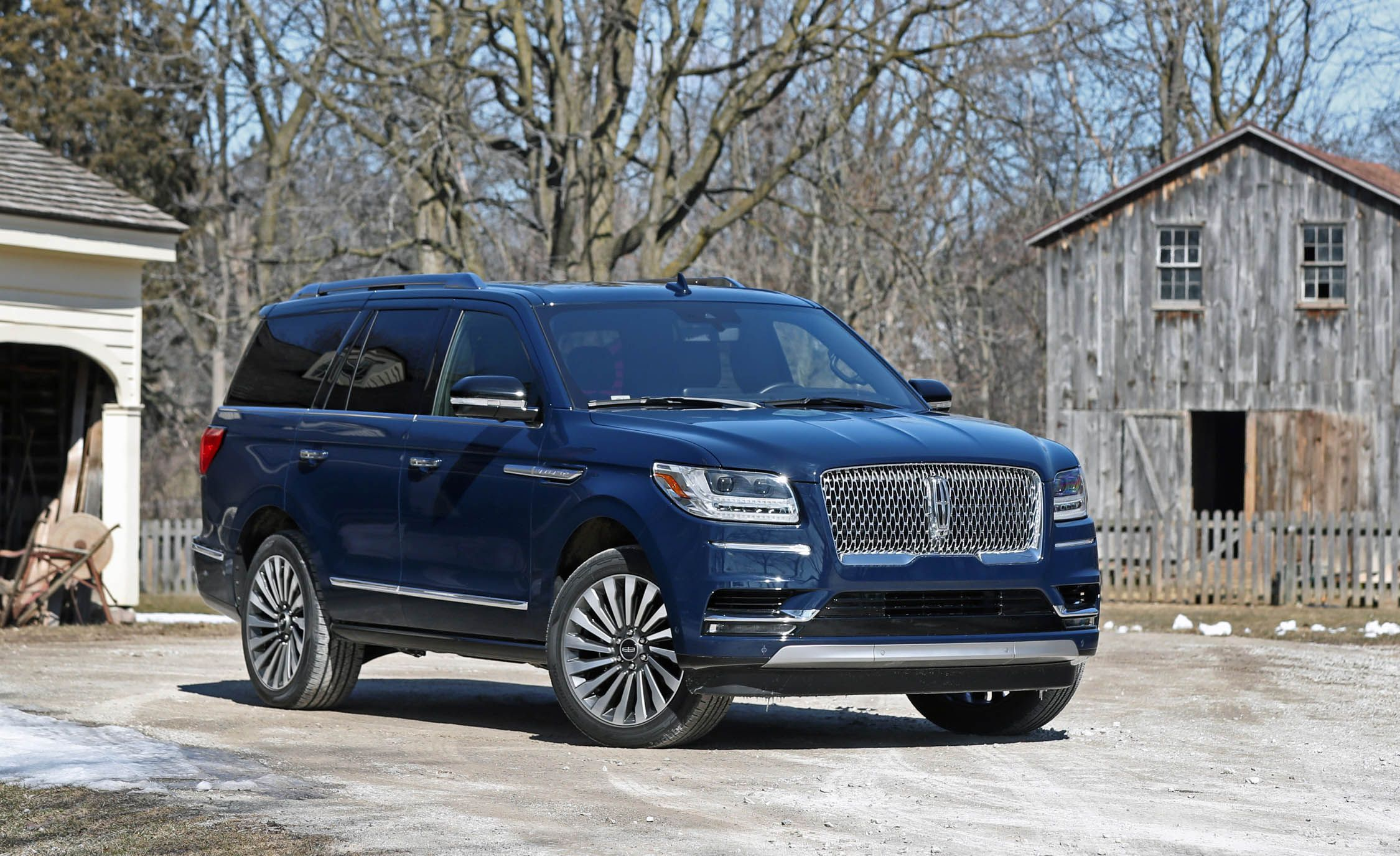 Lincoln Navigator L Reviews Price Photos And Specs Car Driver