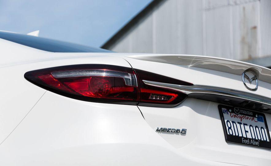 2018 Mazda 6 - Slide 23