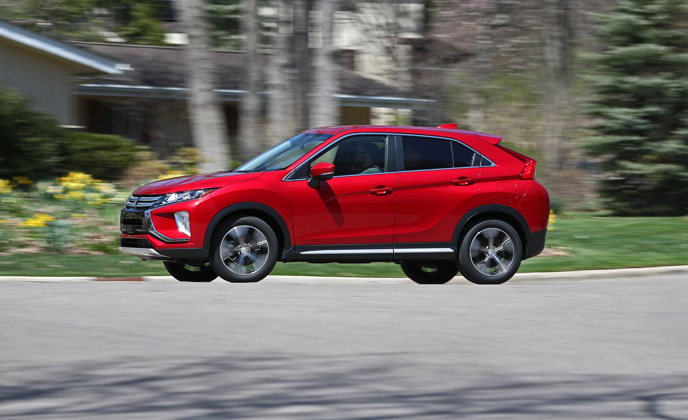 2018 Mitsubishi Eclipse Cross First Drive Review Car And Driver 2015 Efficiency Velocity Best Auto Insurance