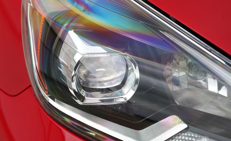 2018 Nissan Sentra SR Turbo - Slide 24
