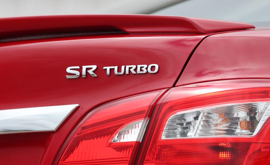 2018 Nissan Sentra SR Turbo - Slide 29