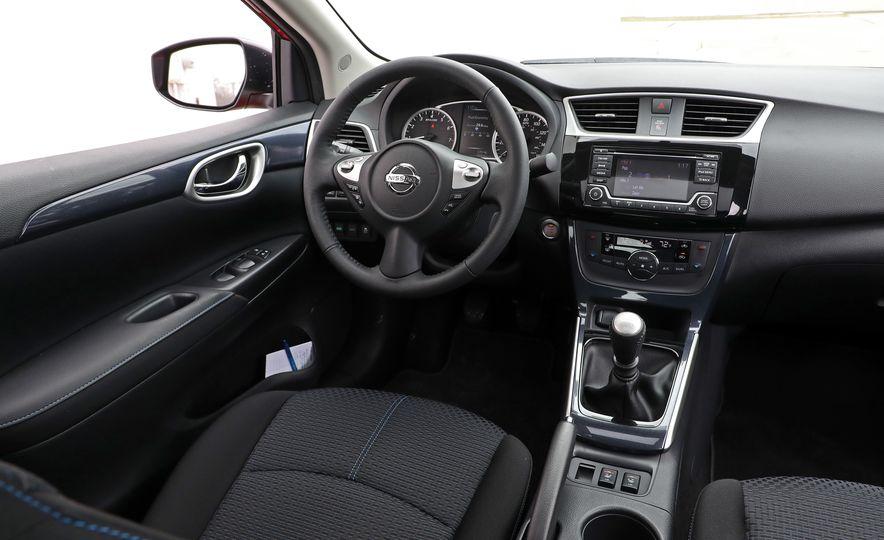 2018 Nissan Sentra SR Turbo - Slide 34