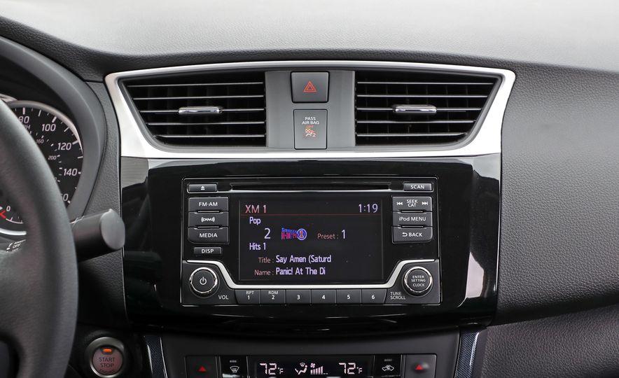 2018 Nissan Sentra SR Turbo - Slide 43