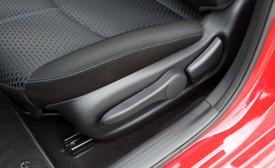 2018 Nissan Sentra SR Turbo - Slide 56