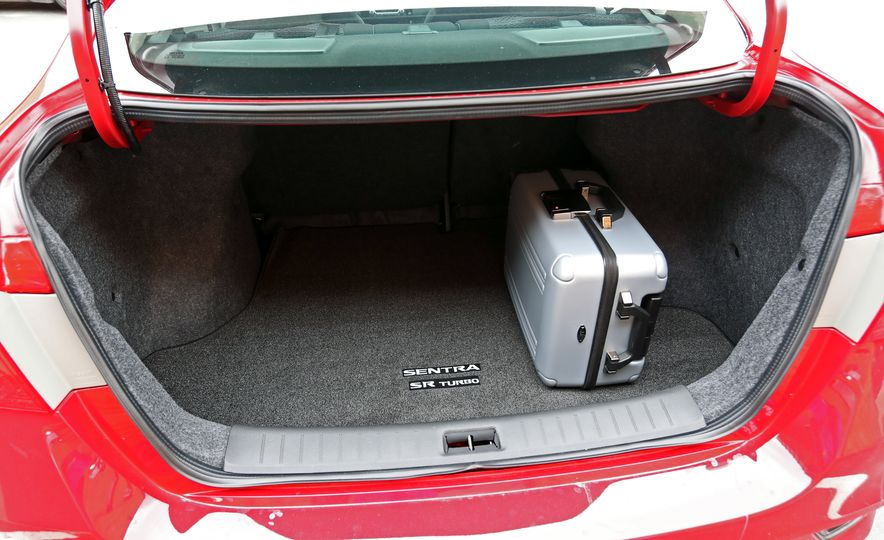 2018 Nissan Sentra SR Turbo - Slide 65
