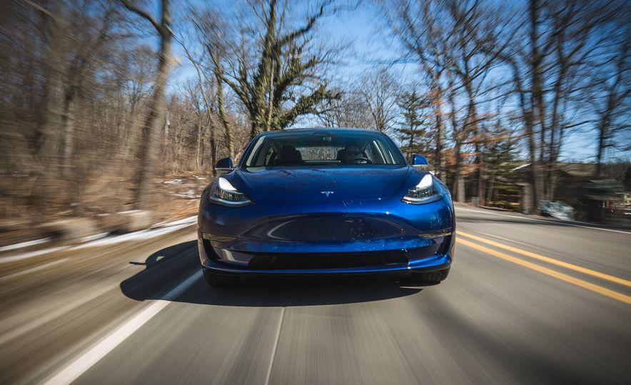 2018 Tesla Model 3 - Slide 5