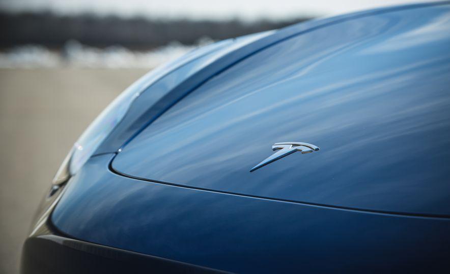 2018 Tesla Model 3 - Slide 20