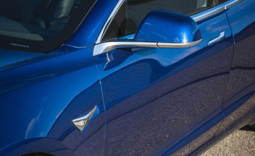 2018 Tesla Model 3 - Slide 24