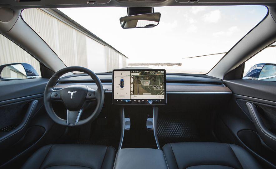 2018 Tesla Model 3 - Slide 35