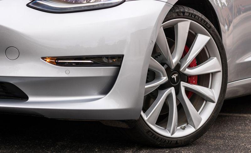 Tesla Model 3 Reviews Tesla Model 3 Price Photos And Specs Car