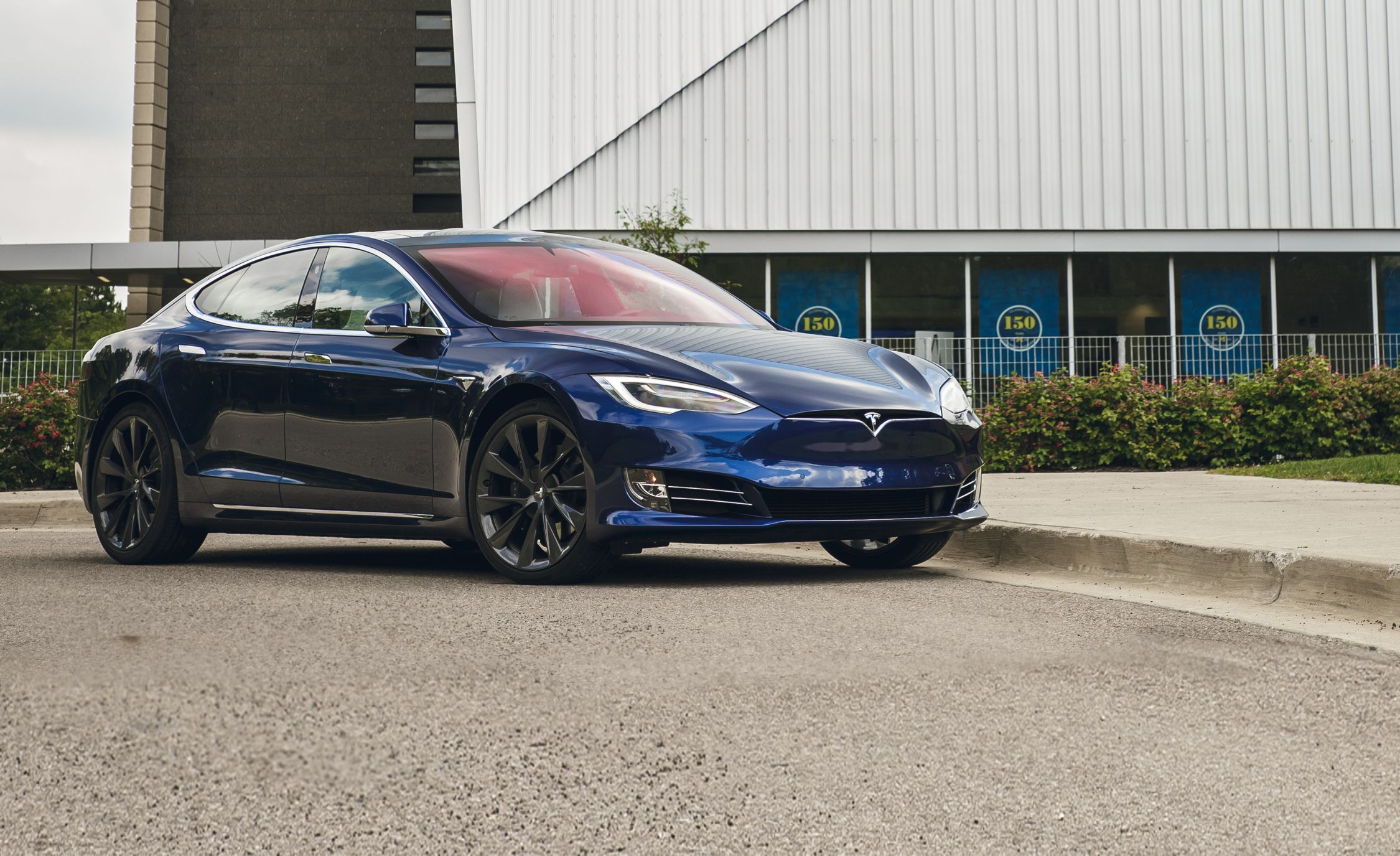 Tesla Model S 100d An Electric Car With Impressive Range
