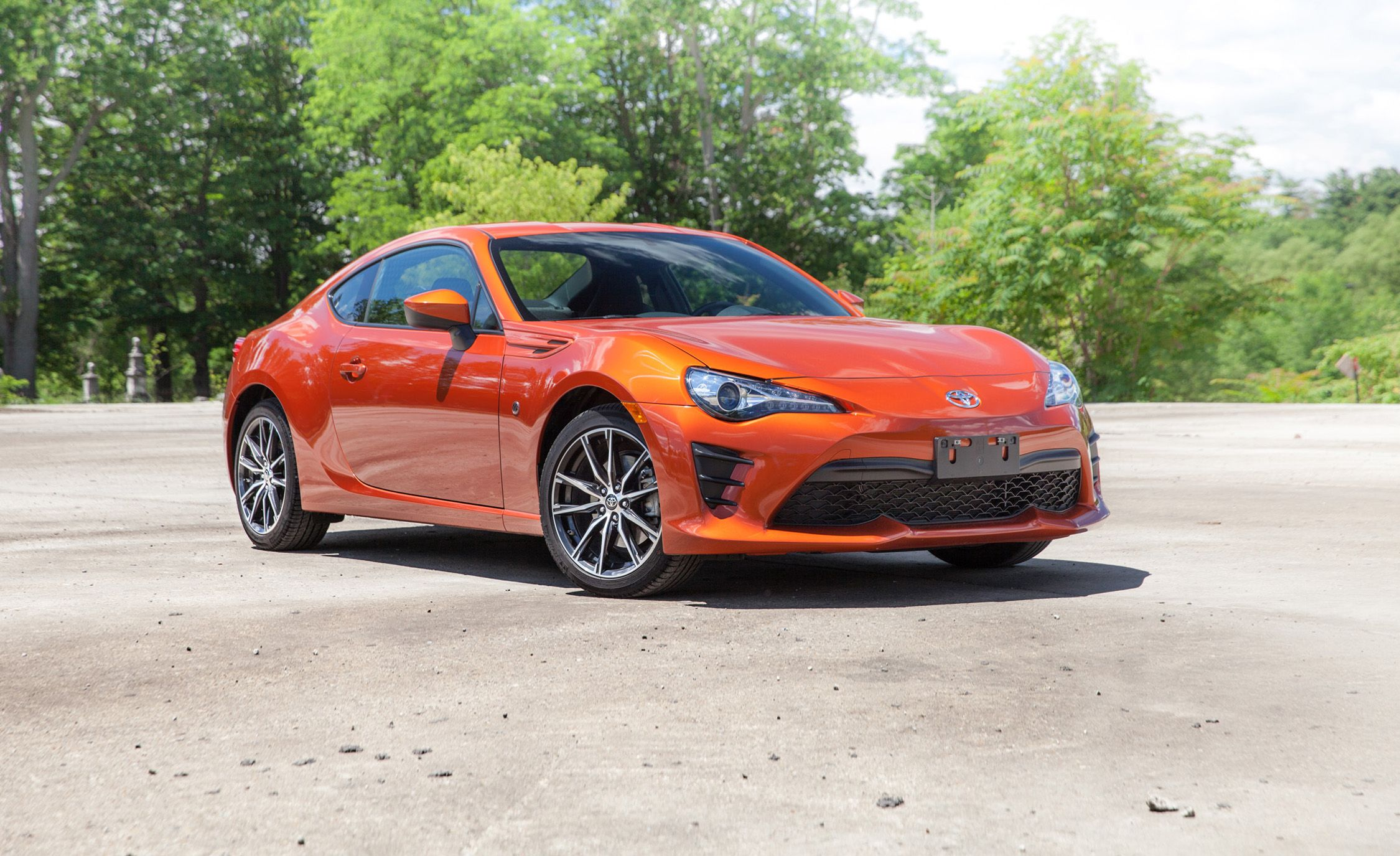 2018 Toyota 86 In Depth Model Review Car And Driver