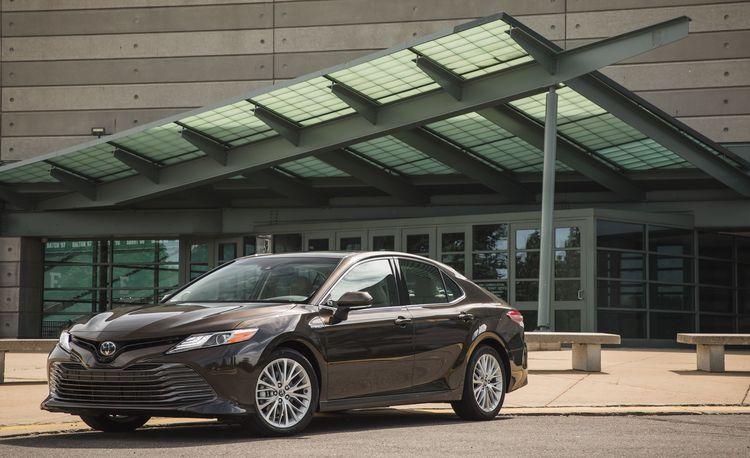 Toyota Is Bringing the Camry Back to Europe