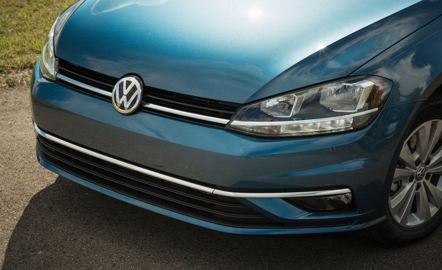 2018 Volkswagen Golf - Slide 18