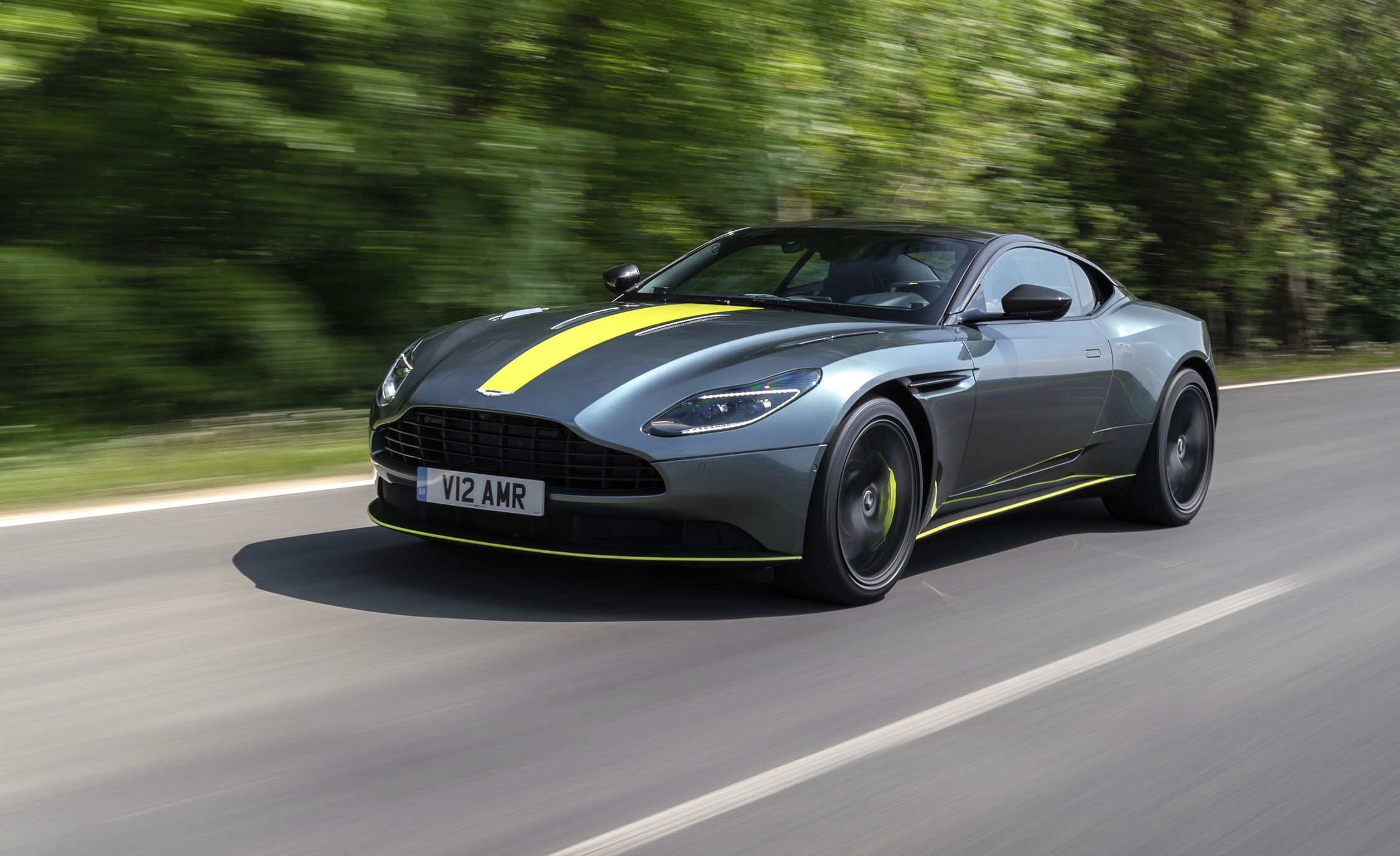 2019 aston martin db11 reviews aston martin db11 price photos and specs car and driver. Black Bedroom Furniture Sets. Home Design Ideas
