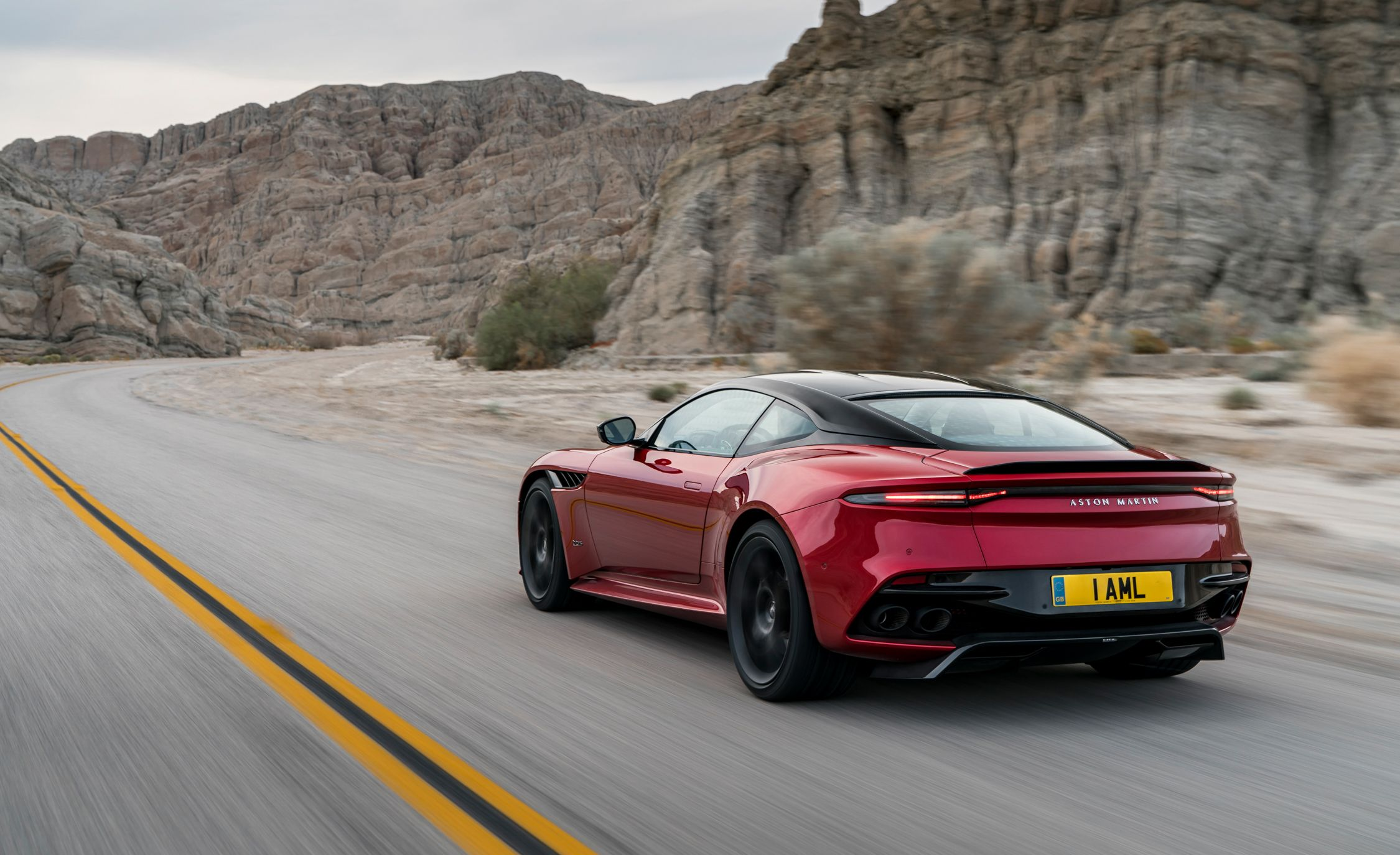 2019 aston martin dbs superleggera reviews | aston martin dbs