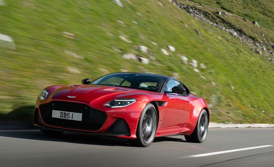 2019 Aston Martin DBS Superleggera - Slide 13
