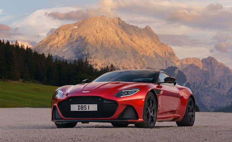 2019 Aston Martin DBS Superleggera - Slide 21