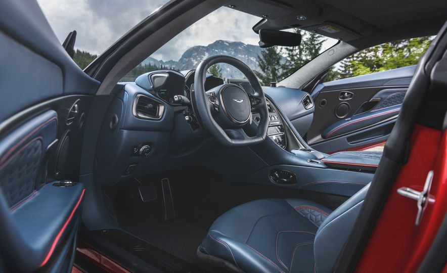 2019 Aston Martin DBS Superleggera - Slide 46