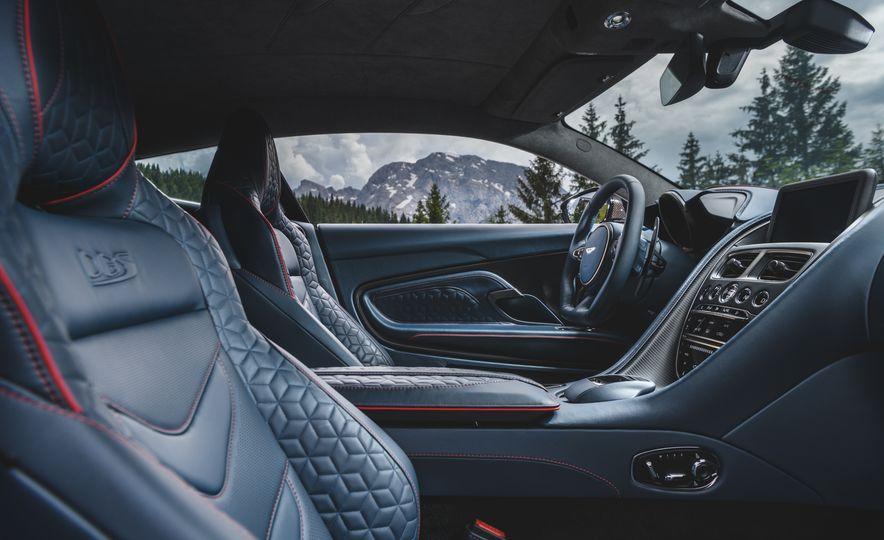 2019 Aston Martin DBS Superleggera - Slide 47
