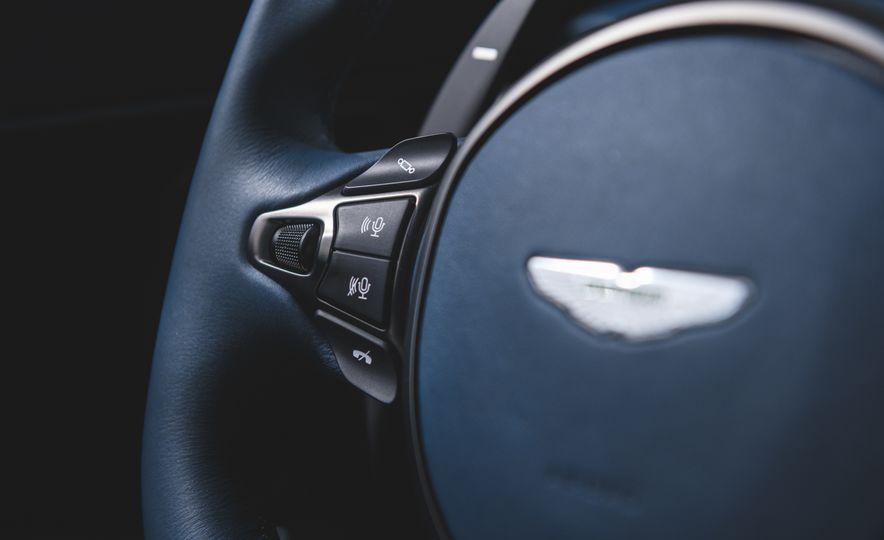 2019 Aston Martin DBS Superleggera - Slide 48