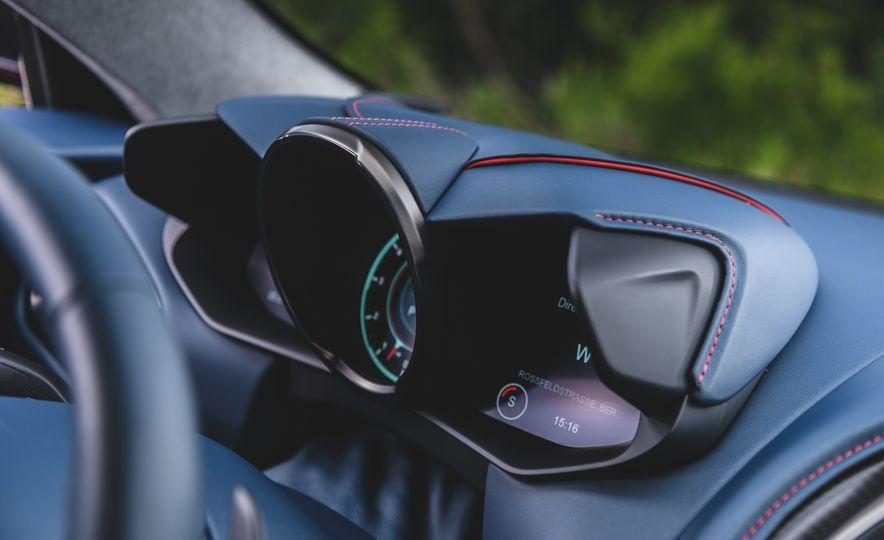 2019 Aston Martin DBS Superleggera - Slide 51