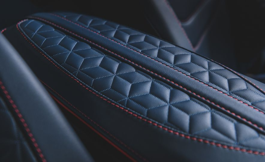 2019 Aston Martin DBS Superleggera - Slide 62