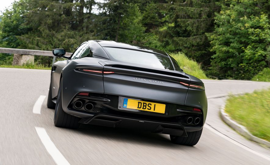 2019 Aston Martin DBS Superleggera - Slide 76