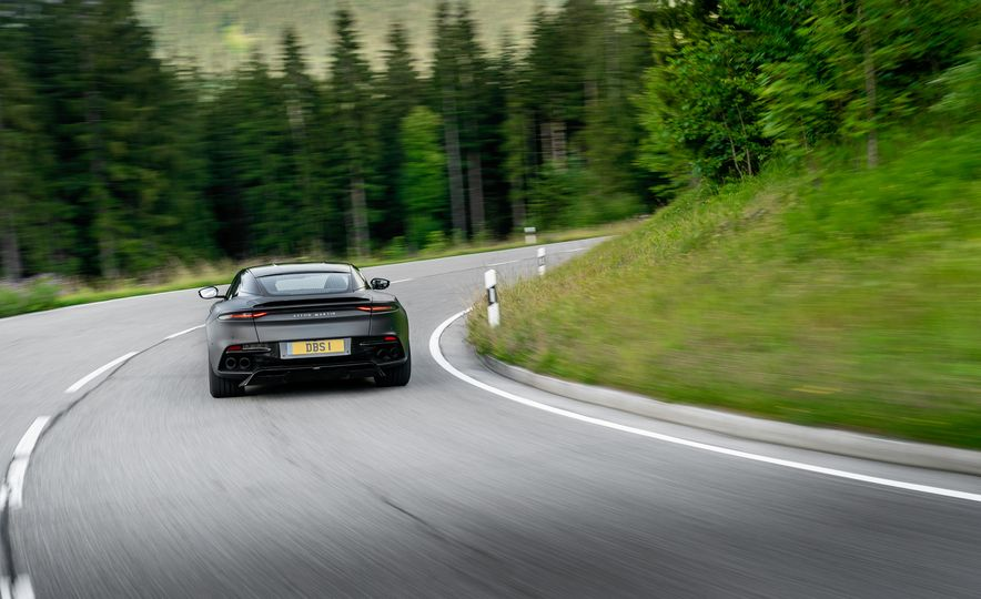 2019 Aston Martin DBS Superleggera - Slide 78
