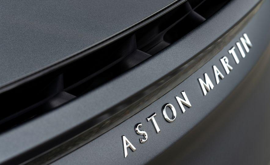 2019 Aston Martin DBS Superleggera - Slide 86