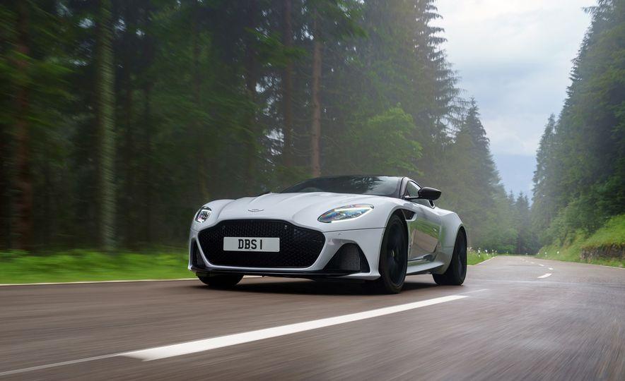 2019 Aston Martin DBS Superleggera - Slide 99