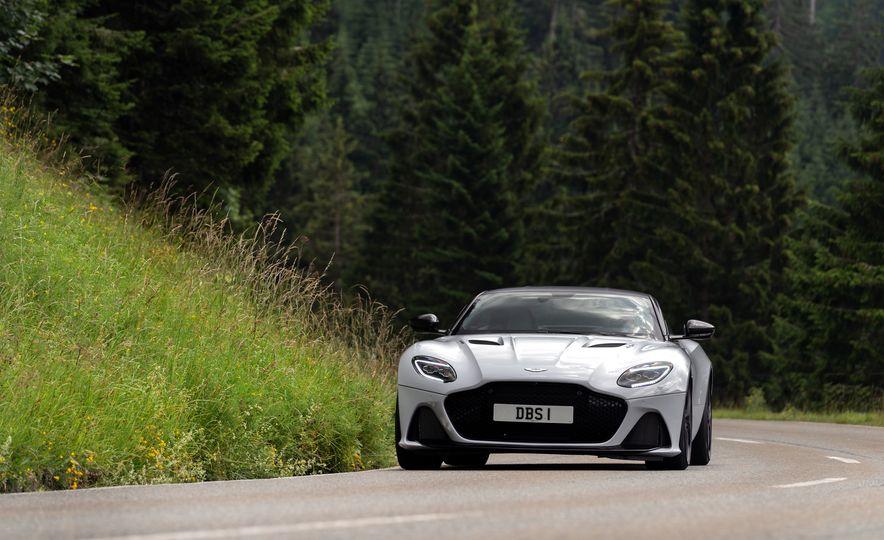 2019 Aston Martin DBS Superleggera - Slide 100