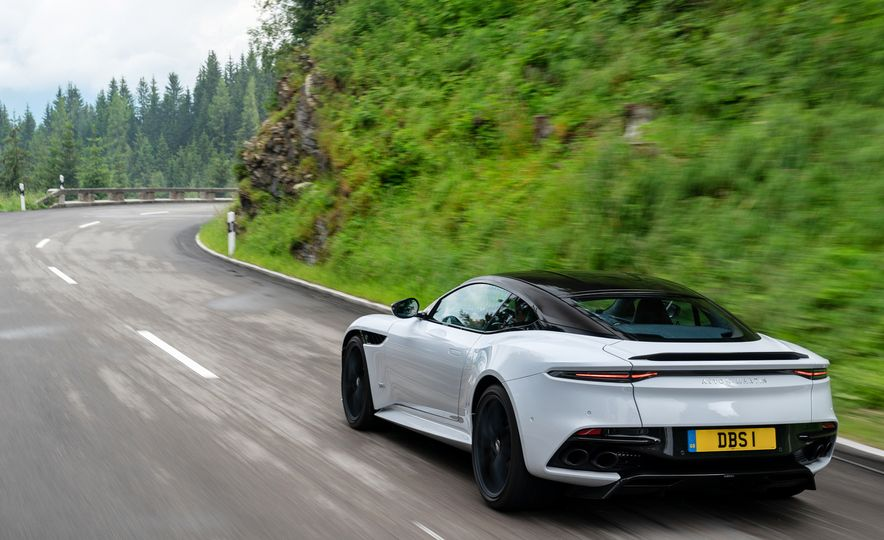 2019 Aston Martin DBS Superleggera - Slide 102
