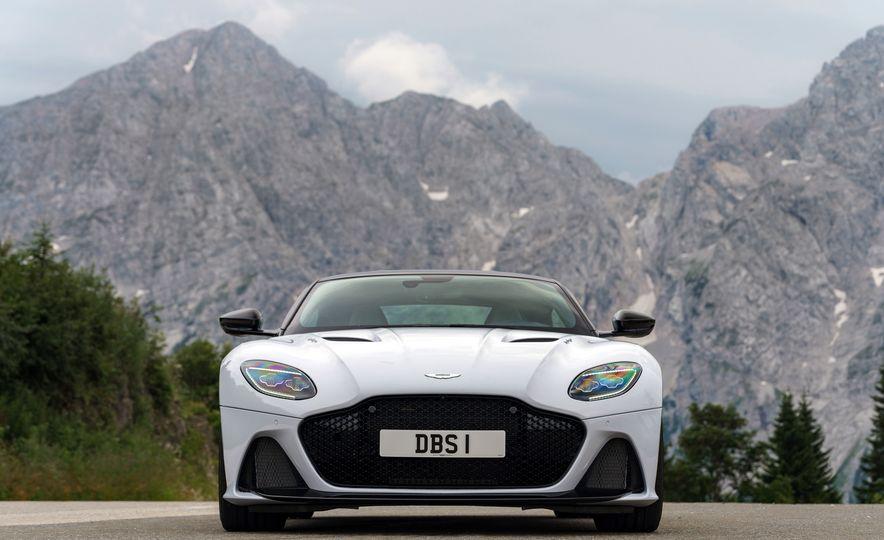 2019 Aston Martin DBS Superleggera - Slide 110