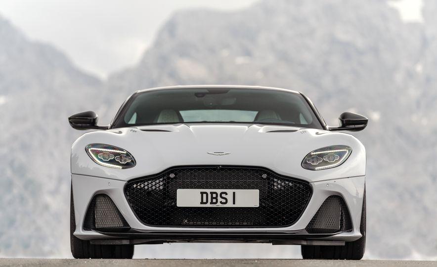 2019 Aston Martin DBS Superleggera - Slide 113