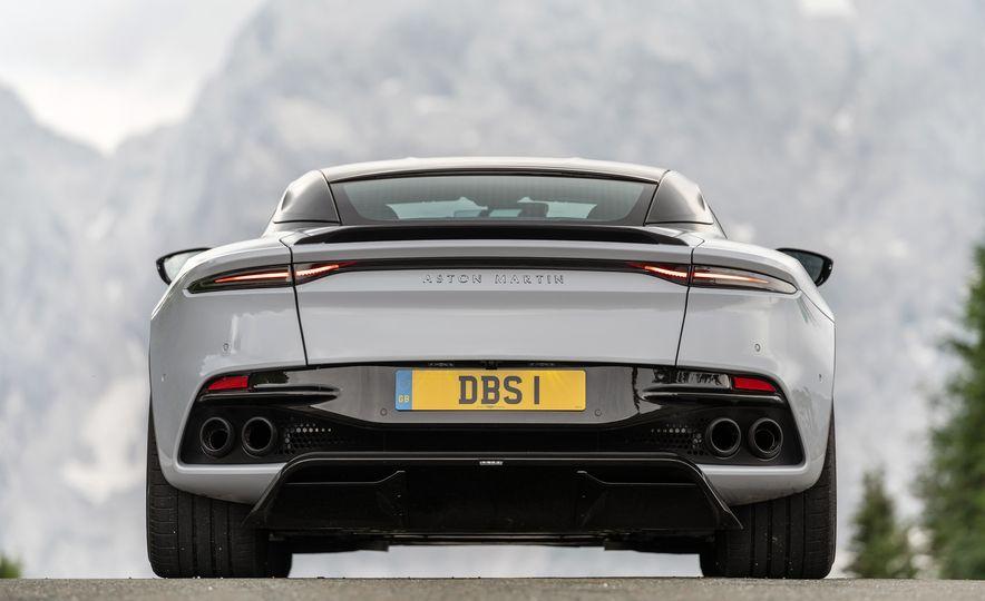 2019 Aston Martin DBS Superleggera - Slide 114